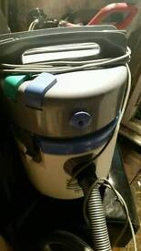 ELECTROLUX HOOVER AND CARPET WASHER