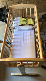 Mothercare swinging crib - good condition wood finish - 20 pounds (70 on mothercare)