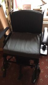Electric wheelchair less than 1 year old can deliver