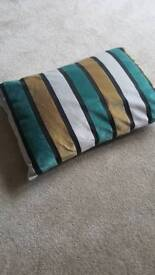 4 Marks and Spencer Cushions