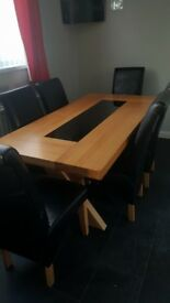 Solid oak dning room table