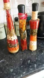 3 ornamental pepper jars