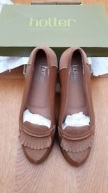 Ladies, Hotter, Supersoft Leather Shoes, size 42 (8)