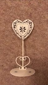 10 x shabby chick heart table name or photo holder