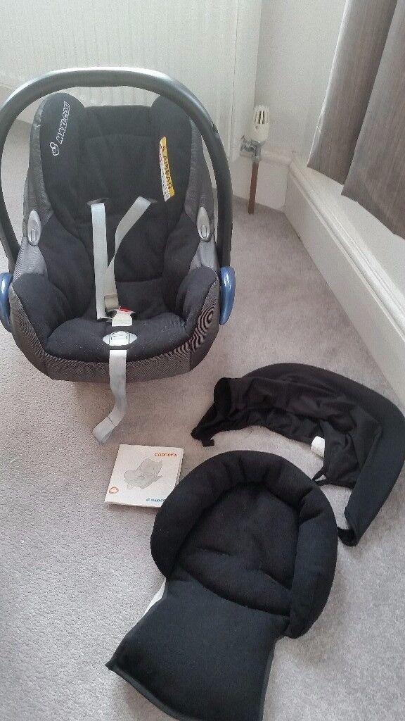 Baby car seat - cabriofix