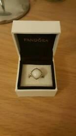 Pandora White Quartzite Ring