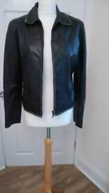 Ladies leather jacket size m(14)