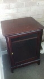 Mahogany Stag Music Centre 22 inches wide x 18 .5 inches depth x 29inches height. Top lifts.
