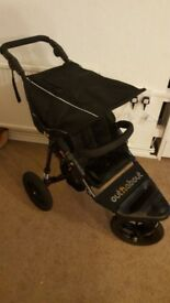 out n about nipper v4 black and carseat adapters £150