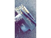 GHDS (mk4) hair straightener .. work great ! Only reson for selling is i'm getting cloud 9s