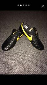 Brand New Nike Premiere 2.0 football boots - size 8.5uk