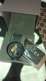 gucc boxed watch