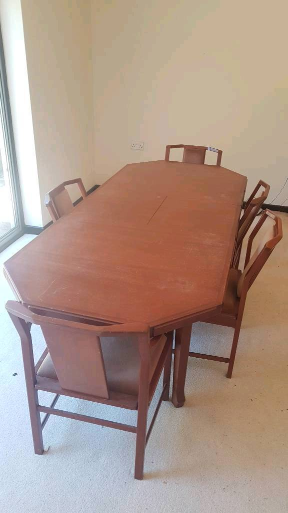 Expanding Dining Table 6 Seater Matching Cabinet