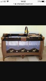 Infantastic travel cot