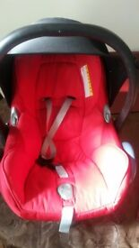 Baby car seat and baby carrier