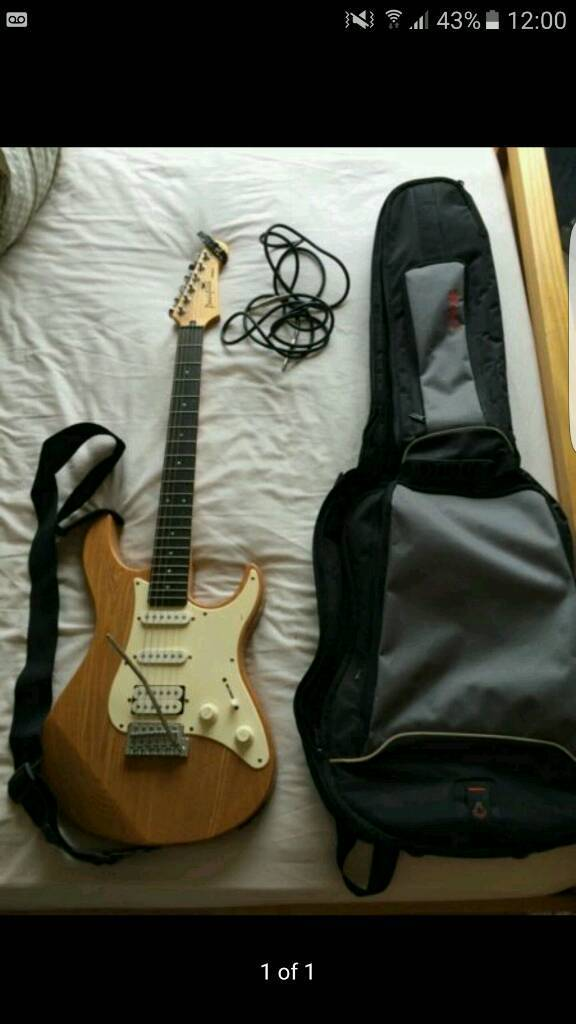 Yamaha pacifica electric guitar and accessories