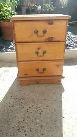 Bedside table chest of draws