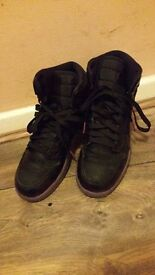 NIKE AIR JORDAN 1 RETRO GIRLS BLACK HIGH TOP RAINBOW SOLE UK SIZE 3.5