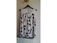 Ladies patterned top (size UK 14)