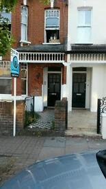 lovely 5 bedroom house in sw18 dss family welcome