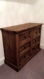 Luxury Chest of drawers