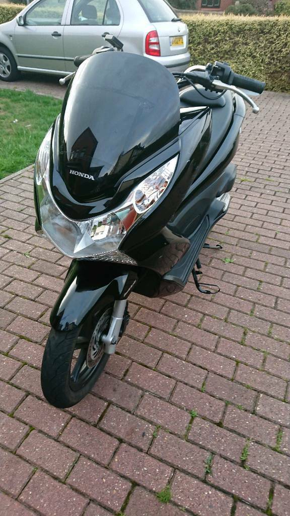 Honda Pcx 125 Mot May 2019 2 Keys In Bradley Stoke Bristol