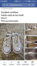 Converse size 5 pumps