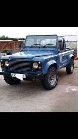 Land Rover Defender 90 200 pickup