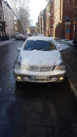 Silver Mercedes benz C220 CDI SE