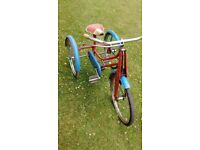 1950's child's tricycle in working good working condition.