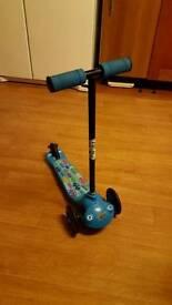 Boys ozbozz scooter