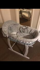 Moses basket and brand new changing Matt