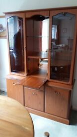 Sideboard/display case with integrated lighting