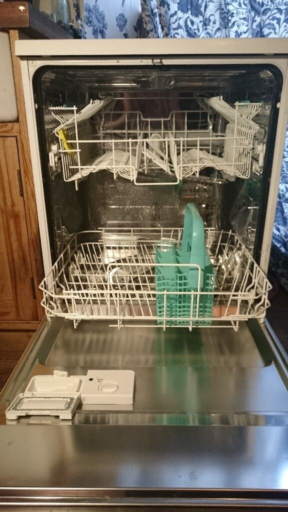 Zanussi Aquasave dishwasher in good condition, collection or delivery can be arranged