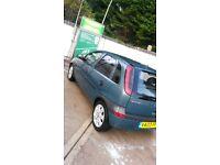 (03) Vauxhall Corsa 1.7 turbodiesel. short m.o.t