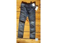 Boys 5-6 yrs, H+M brand new skinny fit jeans with labels on