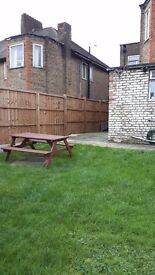 East Acton Double Room for 1 Person or 2 Friends Avail Now
