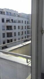 Roomsharing Germany-Berlin Balcony Room to sublet in Charlottenburg
