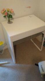 Nearly new desk