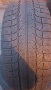4 PNEUS HIVER - MICHELIN 235 55 18 - 4 WINTER TIRES