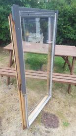 VELUX WINDOW UNIT : 71cm X 133cm Outside Frame Measurement