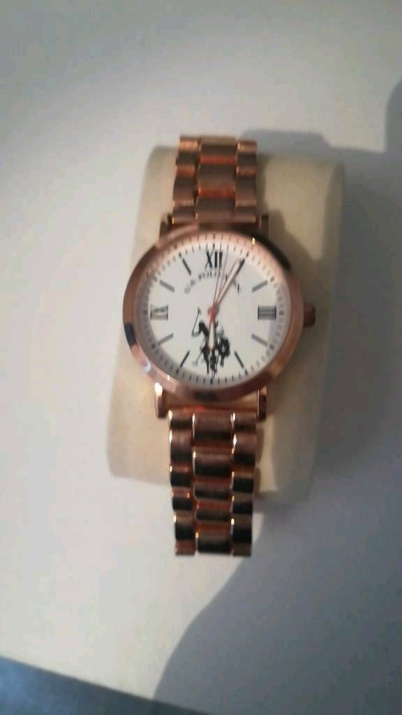 a71f0d8da087 Womens Ralph Lauren watch. Hull