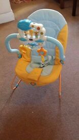 Child play seat with activity
