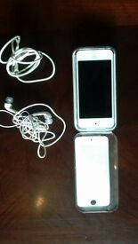 ipod touch 5th generation 32GB in blue excellent condition