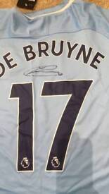 Kevin De Bruyne hand signed Manchester City shirt with Coa