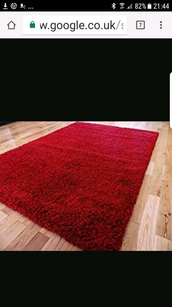 Almost New v modern stylish big beautiful vv thick red Shaggy rug