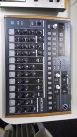 Arturia Drumbrute analogue drum machine