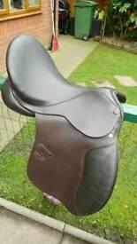 "17.5"" GP Saddle Medium Fit Brown Leather"