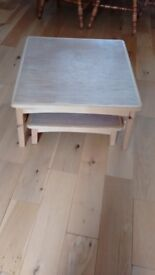 Centre coffee table - extendable. Made of solid wood