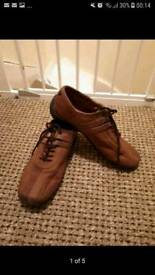 Men's shoes size 8 ( buy one get one free)